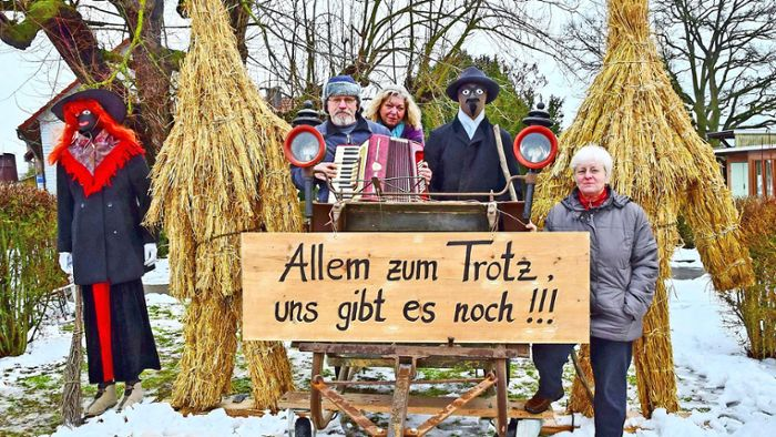 In Zeiten von Corona: Tradition in Bedheim: Strohbären mal anders